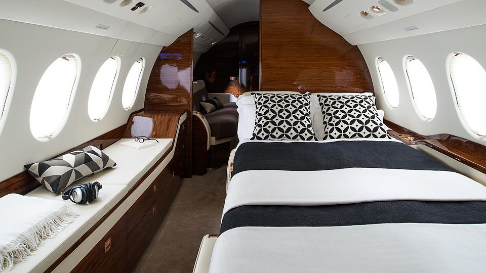 Dassault Falcon 7x Starjets